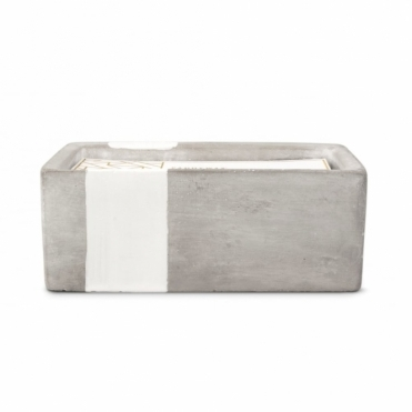 Rectangular Concrete Scented Candle - Tobacco & Patchouli
