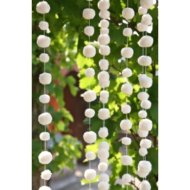 Pom Pom Garland White Decoration